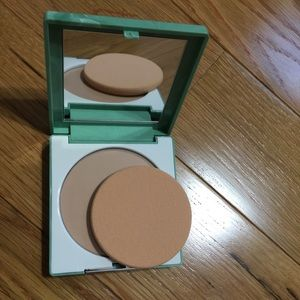 Superpowder Double Face Makeup - Matte Cream